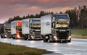 Scania протестировала автономные грузовики в составе колонны