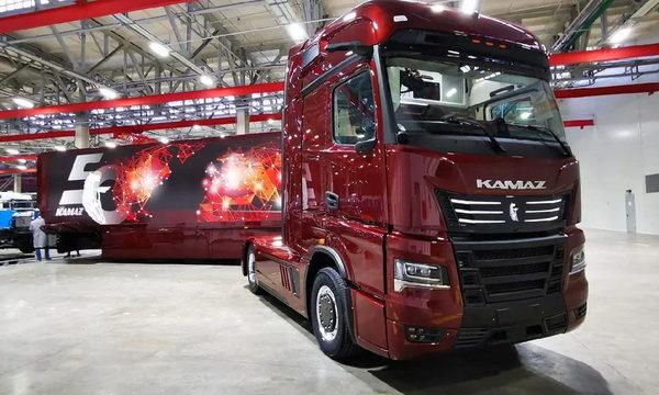 Концептуальный KAMAZ-54907 Continent удивил богатым оснащением