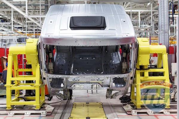 В Калуге открылся новый завод Volvo Trucks