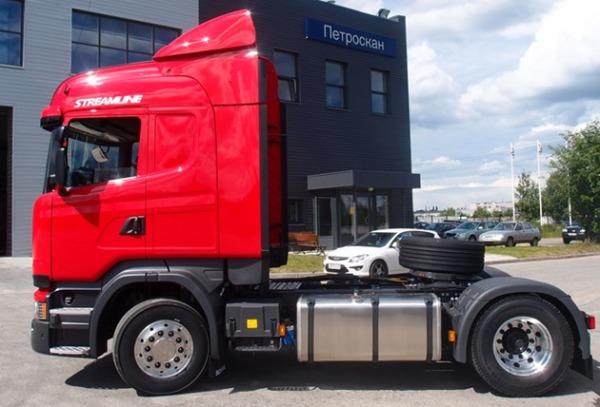 Scania поставила российской компании уникальный тягач