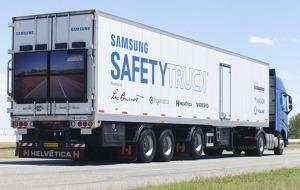"Volvo и Samsung представили ""прозрачный"" грузовик"